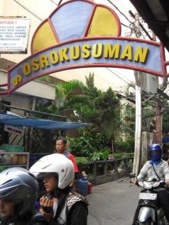 Jalan Sosrokusuman adalah salah satu surga para pelancong untuk menemukan penginapan murah.